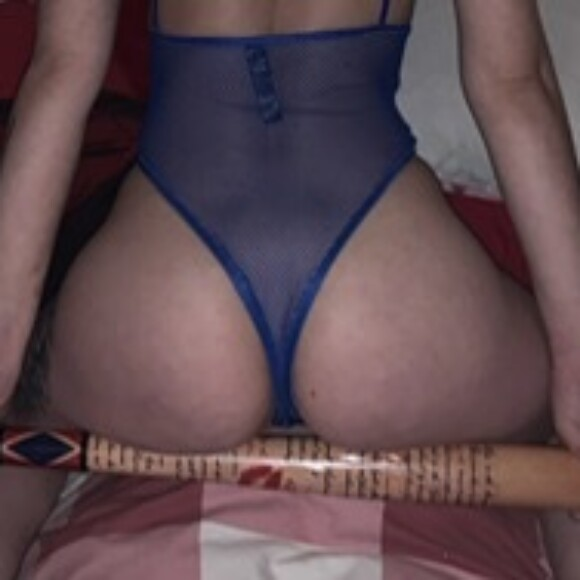 Profile picture of Bi sexual babe with booty!